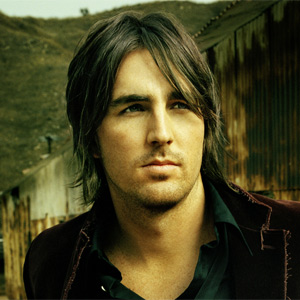Pictures to drool over - Page 6 Jake-Owen-Photo