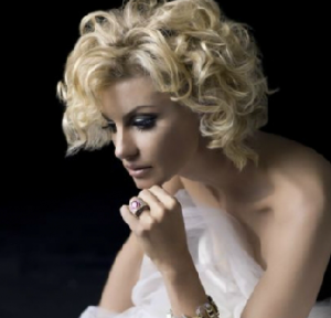 Watch The Way You Look Tonight by Faith Hill and Tony Bennett