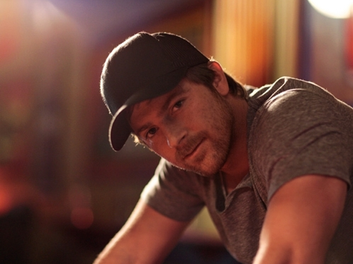 Kip Moore Pretty Girl